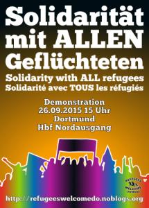 Flyer_Demonstration_bunter Schattenriss einer Menschenmenge mit Transparent; Schriftzug des Flyers: Solidarität mit allen Geflüchteten auf deutsch, englisch, französisch